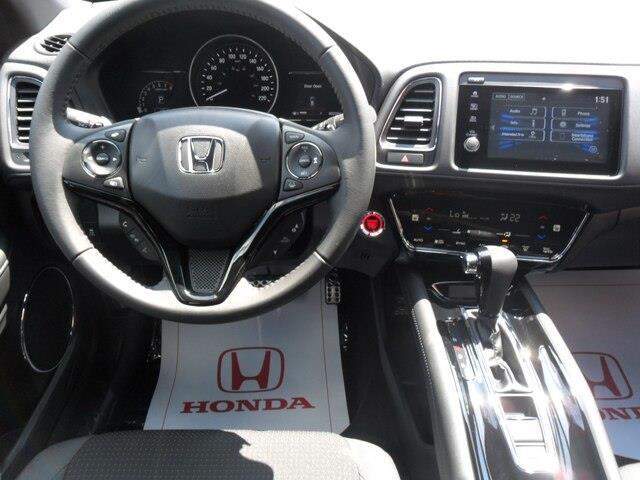 2019 Honda HR-V Sport (Stk: 10633) in Brockville - Image 9 of 26