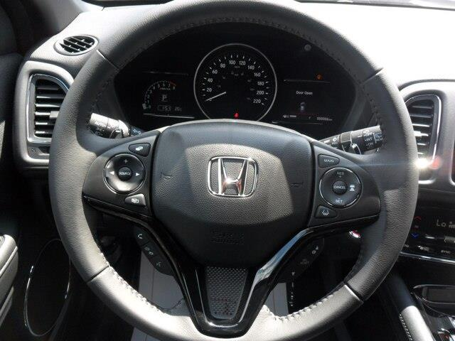 2019 Honda HR-V Sport (Stk: 10633) in Brockville - Image 10 of 26