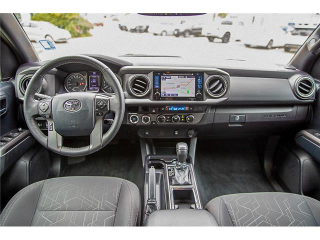 2017 Toyota Tacoma TRD OFFROAD (Stk: LF1560A) in Surrey - Image 11 of 25