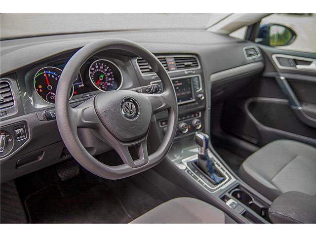 2016 Volkswagen e-Golf SE (Stk: LF3819) in Surrey - Image 11 of 23