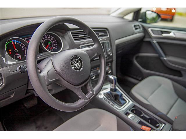 2016 Volkswagen e-Golf SE (Stk: LF5523) in Surrey - Image 11 of 23