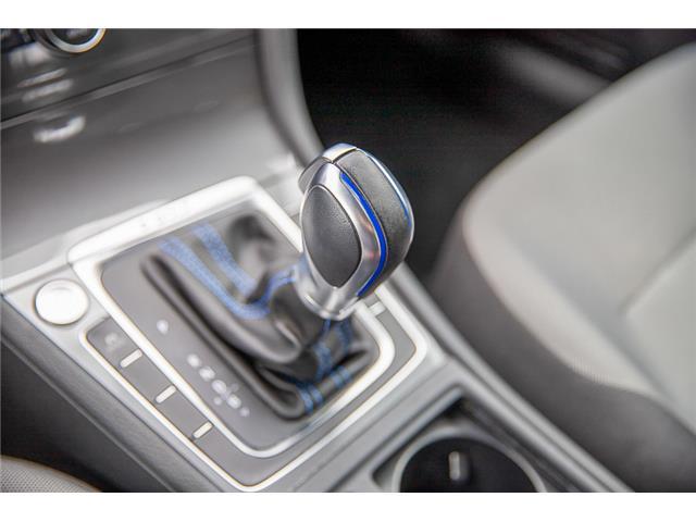 2016 Volkswagen e-Golf SE (Stk: LF5523) in Surrey - Image 21 of 23