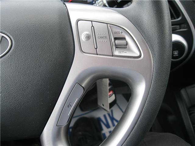 2011 Hyundai Tucson GL (Stk: 19118A) in Stratford - Image 9 of 18