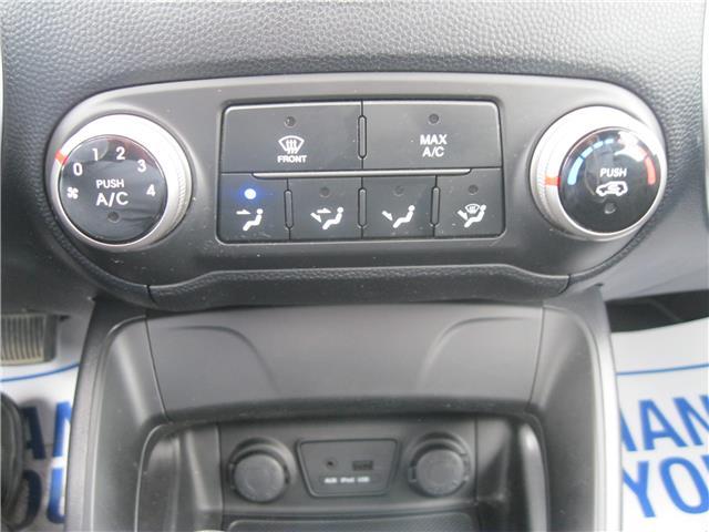 2011 Hyundai Tucson GL (Stk: 19118A) in Stratford - Image 11 of 18