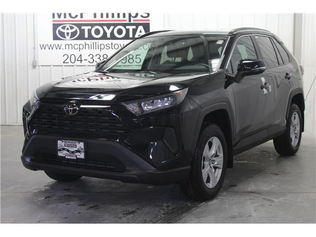 2019 Toyota RAV4 LE (Stk: C036119) in Winnipeg - Image 1 of 25