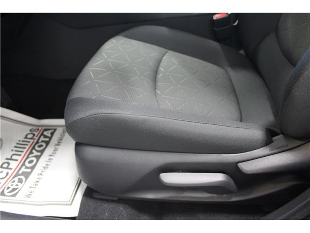 2019 Toyota RAV4 LE (Stk: C036119) in Winnipeg - Image 9 of 25