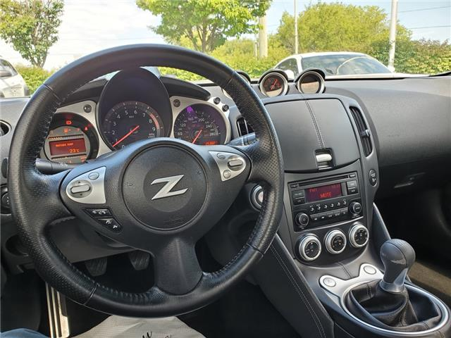2017 Nissan 370Z Base (Stk: 9S1133BA) in Whitby - Image 13 of 21
