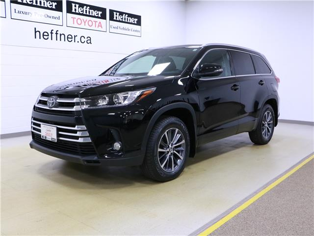 2017 Toyota Highlander XLE (Stk: 195754) in Kitchener - Image 1 of 34