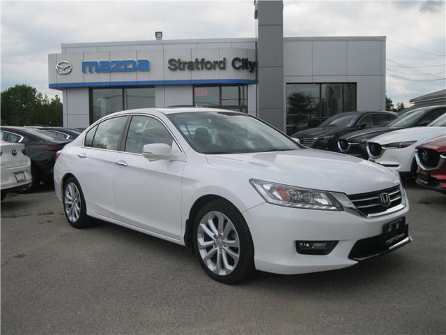 2014 Honda Accord Touring (Stk: 19122A) in Stratford - Image 1 of 25