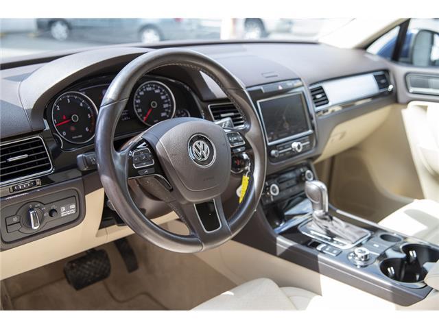 2012 Volkswagen Touareg 3.0 TDI Comfortline (Stk: LF5813) in Surrey - Image 10 of 25