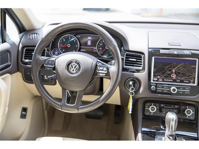2012 Volkswagen Touareg 3.0 TDI Comfortline (Stk: LF5813) in Surrey - Image 14 of 25