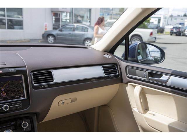 2012 Volkswagen Touareg 3.0 TDI Comfortline (Stk: LF5813) in Surrey - Image 15 of 25