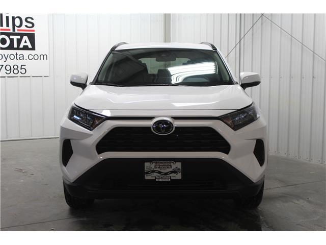 2019 Toyota RAV4 LE (Stk: C036906) in Winnipeg - Image 3 of 25