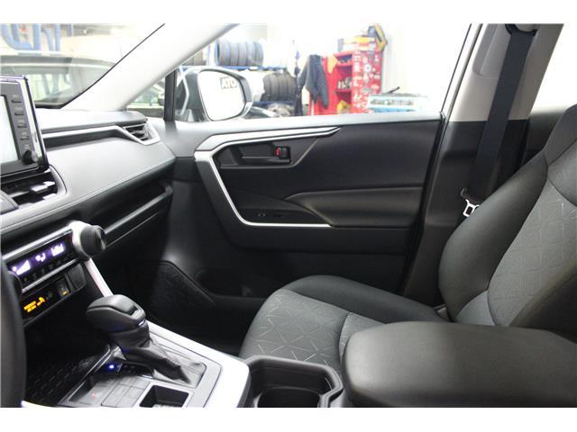 2019 Toyota RAV4 LE (Stk: C036906) in Winnipeg - Image 22 of 25