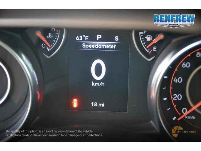 2018 Jeep Wrangler Unlimited Sport (Stk: J209) in Renfrew - Image 12 of 20