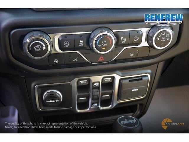 2018 Jeep Wrangler Unlimited Sport (Stk: J209) in Renfrew - Image 16 of 20