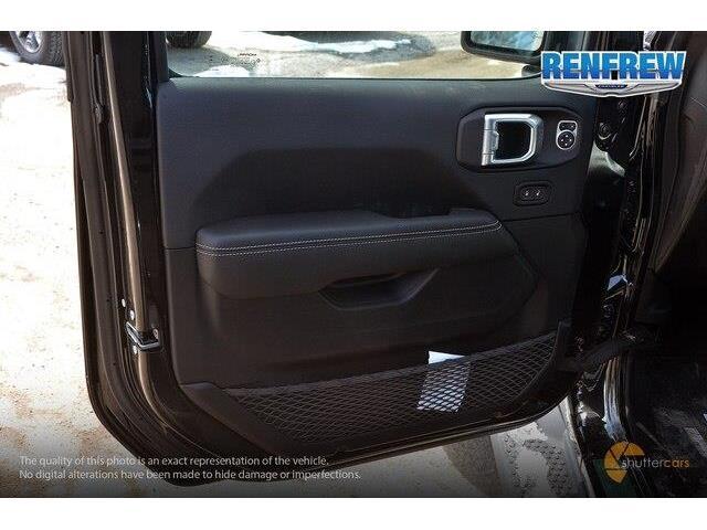 2019 Jeep Wrangler Unlimited Sahara (Stk: K204) in Renfrew - Image 9 of 20