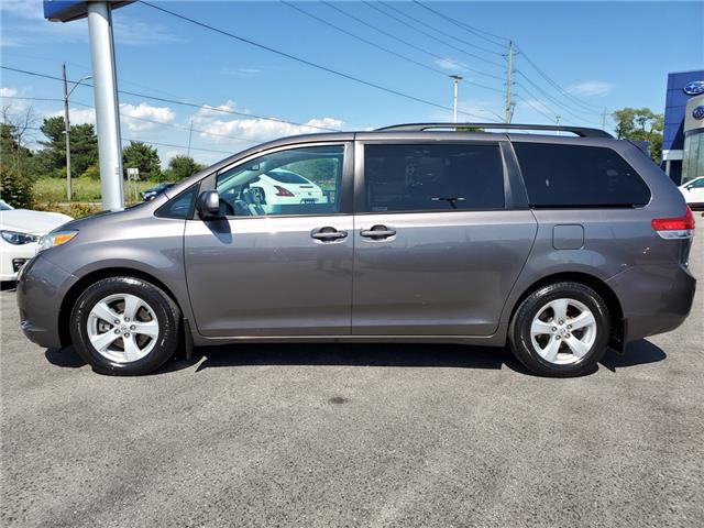 2011 Toyota Sienna LE 8 Passenger (Stk: 19S1150A) in Whitby - Image 2 of 25