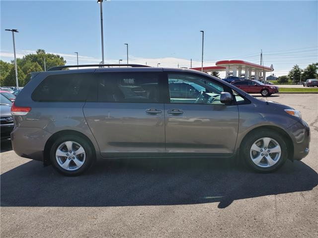 2011 Toyota Sienna LE 8 Passenger (Stk: 19S1150A) in Whitby - Image 6 of 25