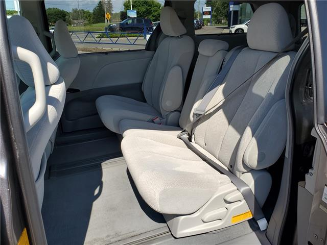 2011 Toyota Sienna LE 8 Passenger (Stk: 19S1150A) in Whitby - Image 22 of 25