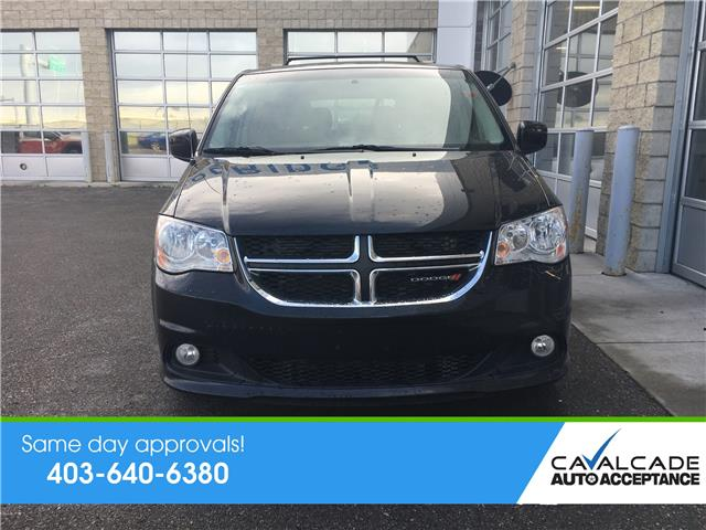 2017 Dodge Grand Caravan Crew (Stk: R59989) in Calgary - Image 4 of 21