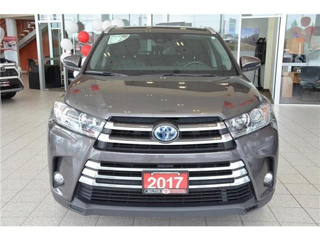 2017 Toyota Highlander Hybrid  (Stk: 036032) in Milton - Image 2 of 39