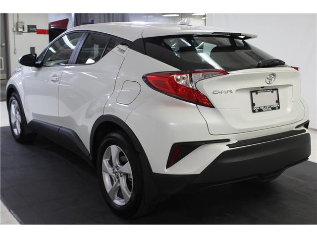 2018 Toyota C-HR XLE (Stk: 299038S) in Markham - Image 17 of 23