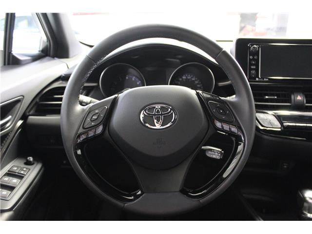 2018 Toyota C-HR XLE (Stk: 299038S) in Markham - Image 9 of 23