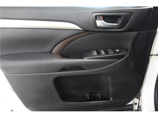 2018 Toyota Highlander XLE (Stk: 298994S) in Markham - Image 5 of 29