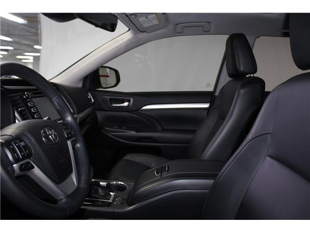 2018 Toyota Highlander XLE (Stk: 298994S) in Markham - Image 8 of 29