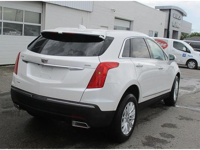 2019 Cadillac XT5 Base (Stk: 19066) in Peterborough - Image 3 of 3