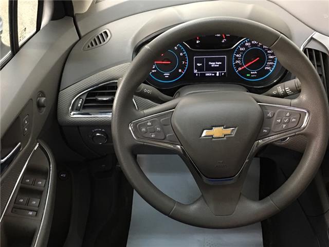 2017 Chevrolet Cruze LT Auto (Stk: 35228J) in Belleville - Image 14 of 28