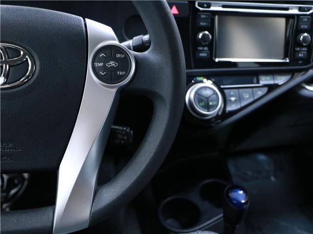 2016 Toyota Prius C Base (Stk: 195732) in Kitchener - Image 11 of 30