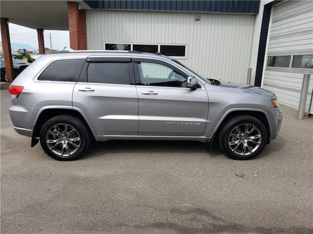 2014 Jeep Grand Cherokee Overland (Stk: 11669) in Fort Macleod - Image 6 of 23