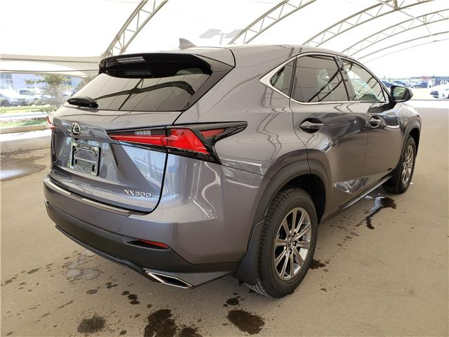 2020 Lexus NX 300 Base (Stk: L20018) in Calgary - Image 5 of 6