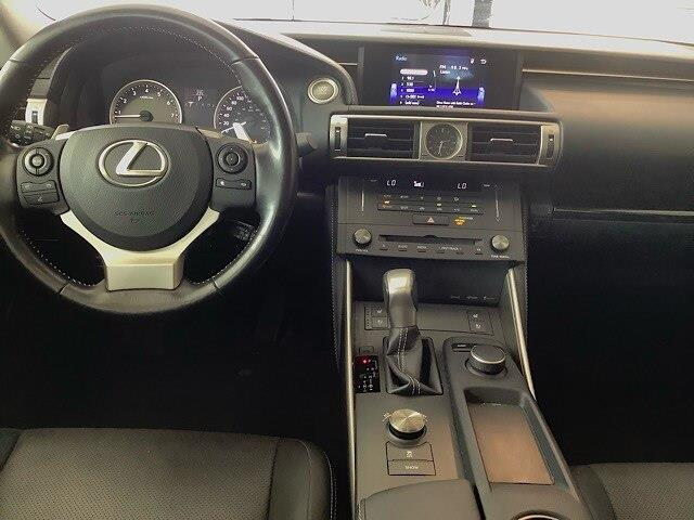 2016 Lexus IS 300 Base (Stk: PL18061) in Kingston - Image 11 of 27
