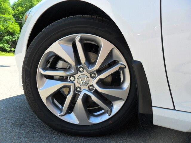 2019 Honda Accord LX 1.5T (Stk: 10477) in Brockville - Image 10 of 15