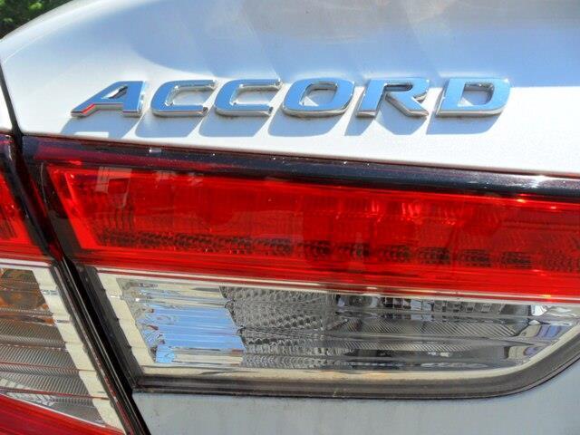 2019 Honda Accord LX 1.5T (Stk: 10477) in Brockville - Image 14 of 15