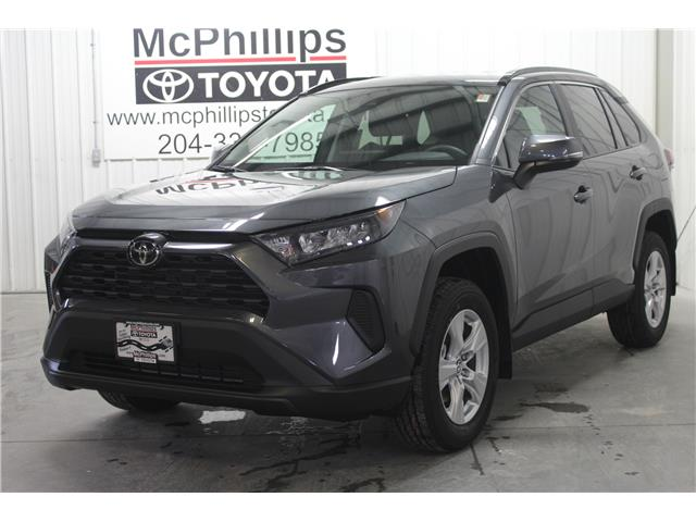 2019 Toyota RAV4 LE (Stk: C035233) in Winnipeg - Image 1 of 24