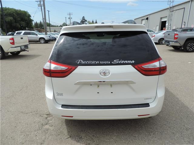 2017 Toyota Sienna Limited 7-Passenger (Stk: 17463) in Brandon - Image 6 of 21