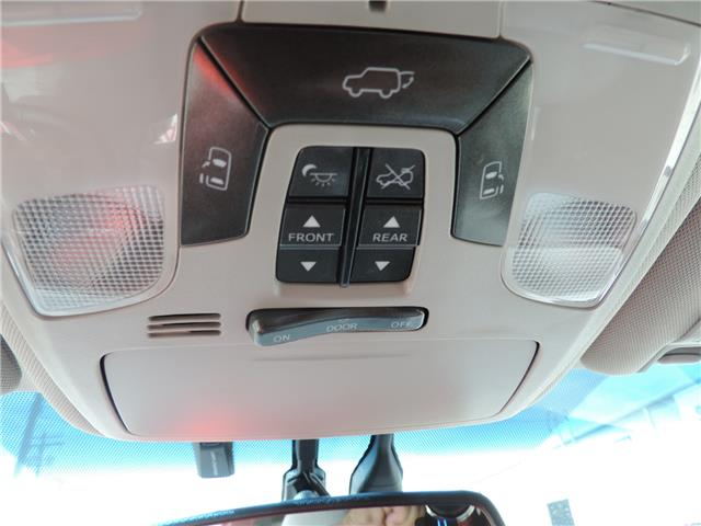 2017 Toyota Sienna Limited 7-Passenger (Stk: 17463) in Brandon - Image 18 of 21