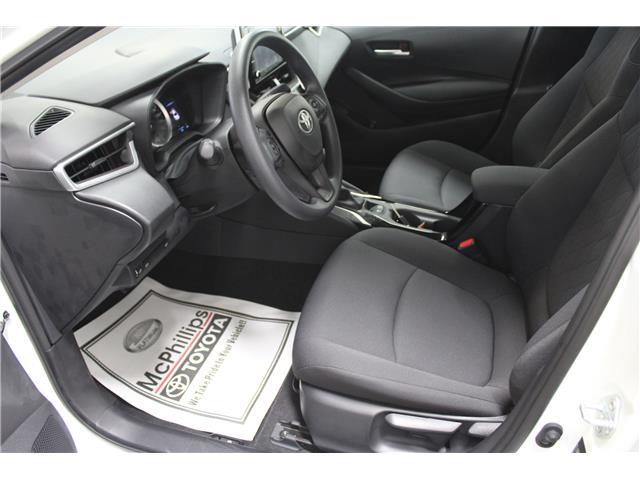 2020 Toyota Corolla LE (Stk: P037275) in Winnipeg - Image 7 of 26