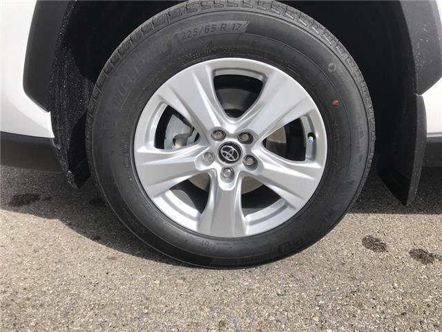 2019 Toyota RAV4 XLE (Stk: 190373) in Cochrane - Image 9 of 26