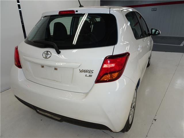 2015 Toyota Yaris LE (Stk: 36487U) in Markham - Image 5 of 7