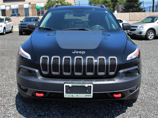 2017 Jeep Cherokee Trailhawk (Stk: D0115A) in Leamington - Image 2 of 30