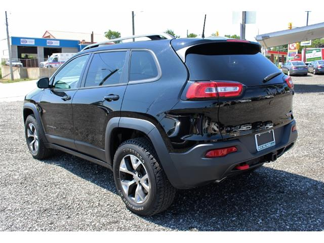 2017 Jeep Cherokee Trailhawk (Stk: D0115A) in Leamington - Image 5 of 30