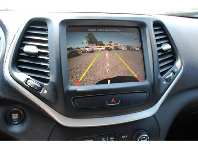 2017 Jeep Cherokee Trailhawk (Stk: D0115A) in Leamington - Image 23 of 30