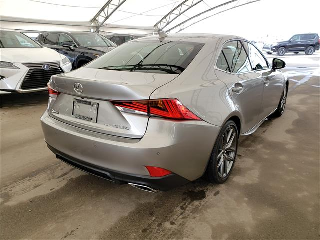 2019 Lexus IS 350 Base (Stk: L19571) in Calgary - Image 5 of 6