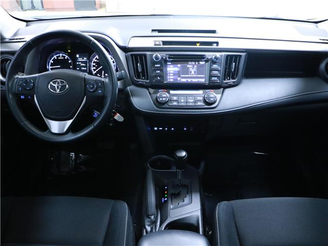 2016 Toyota RAV4 XLE (Stk: 195736) in Kitchener - Image 5 of 31