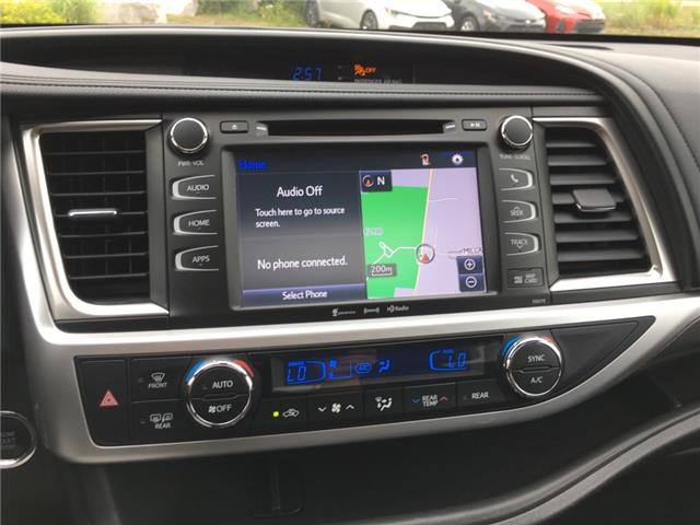 2018 Toyota Highlander XLE (Stk: P1898) in Whitchurch-Stouffville - Image 12 of 18